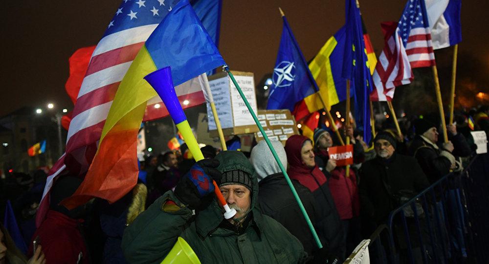 patriotism, nationalism, patriot, national, roman, romanesc, international, global, universal, globalist