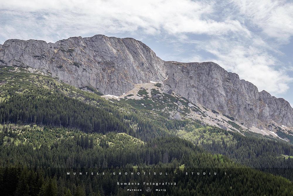 munti, munte, muntii bucegi, deseuri, deseuri in natura, natura, turism